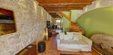 mylopetra-superior-suite-argyroupoli-rethymnon-crete-1 - Alargo | Håndplukkede ferieboliger på Kreta, Korfu og Paros