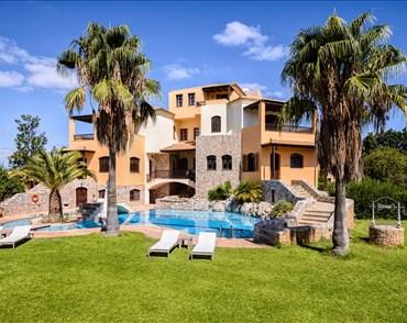 Jason Villa Resort - Alargo | Håndplukkede ferieboliger på Kreta, Korfu og Paros